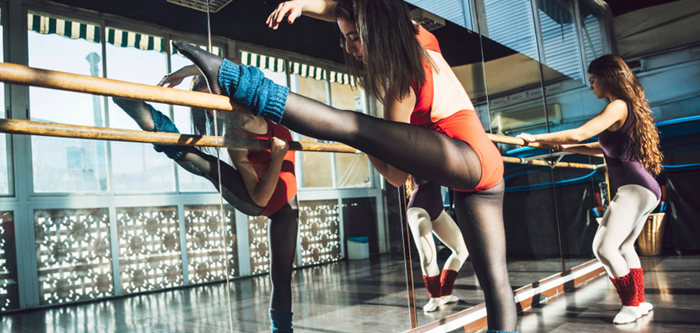 Give Your Workout An Artistic Twist With The New Barre Workout