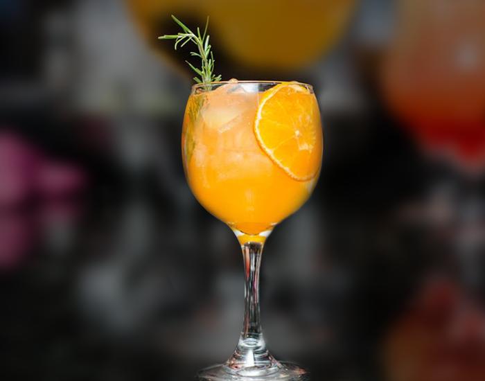 Orange and Lemongrass Cooler: 75 Calories - DIET FITPASS