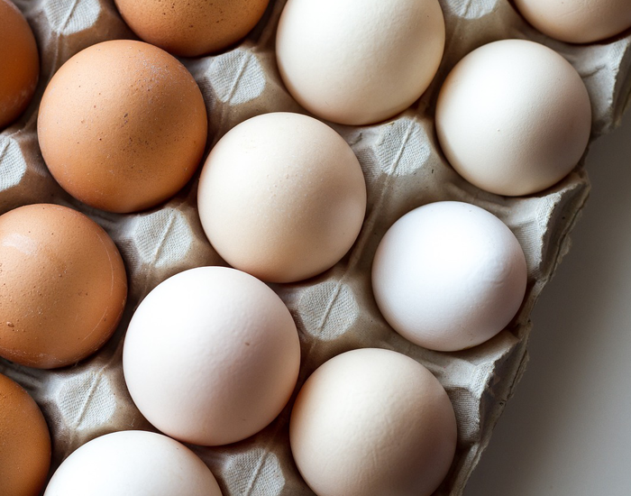 What nutrients do eggs have exactly?