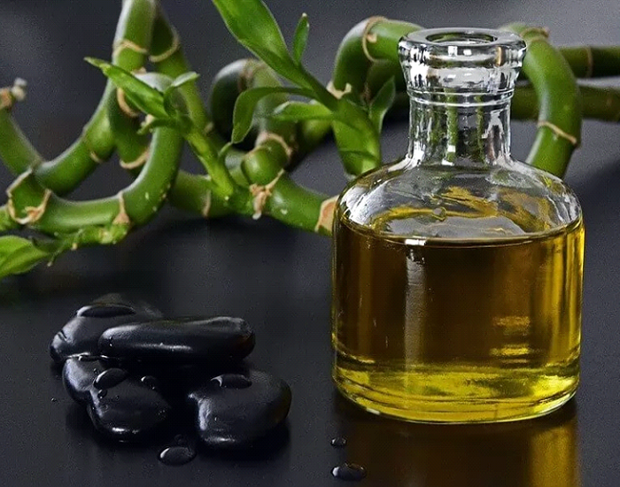 Jojoba-Oil-for-Skin-Benefits