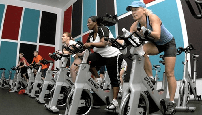 Spinning (Indoor Cycling Classes)